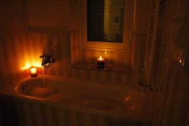 Amore In Vasca Da Bagno.Bagno Contro Le Negativita In Amore Paperblog